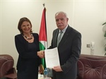 Dr. Malki receives a copy of the credentials of the Representative of Austria to the State of Palestine