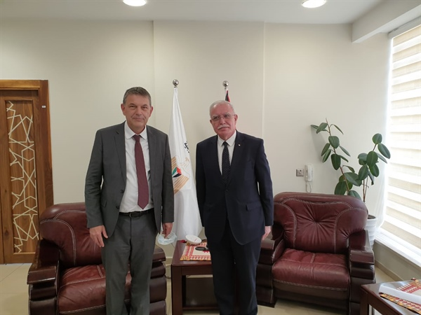 Minister Dr Malki Meets the New Commissioner-General of UNRWA.